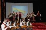 Kulturveranstaltung mit traditioneller Musik und Tänzen im Kulturzentrum