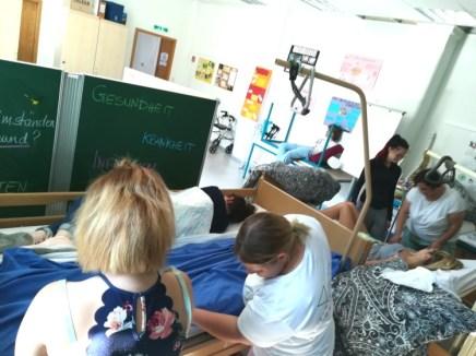 Unterricht mit Herz_Praxis im Pflegekabinett