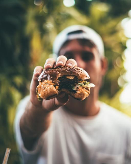 Burger als Ernährung beim Marathon? - Fehler 1 - Du hast es nicht getestet.