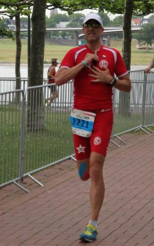 LULTRAS - Podcast Folge 7 - Philip beim Lauf T3 Triathlon Düsseldorf