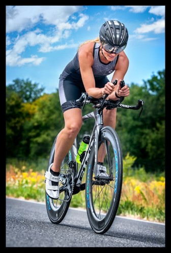 Frauen auf dem Triathlonrad, , Podcast Ausdauer-Coaches