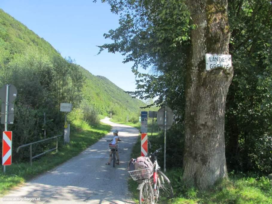 Donauradweg Landesgrenze Deutschland Österreich