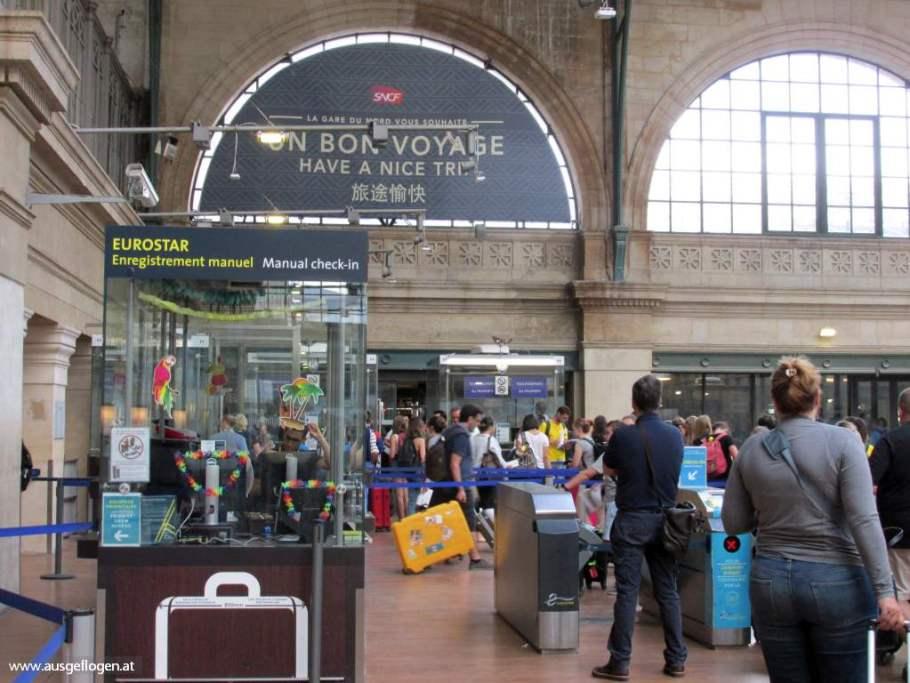 EuroStar Boarding Paris Gare du Nord