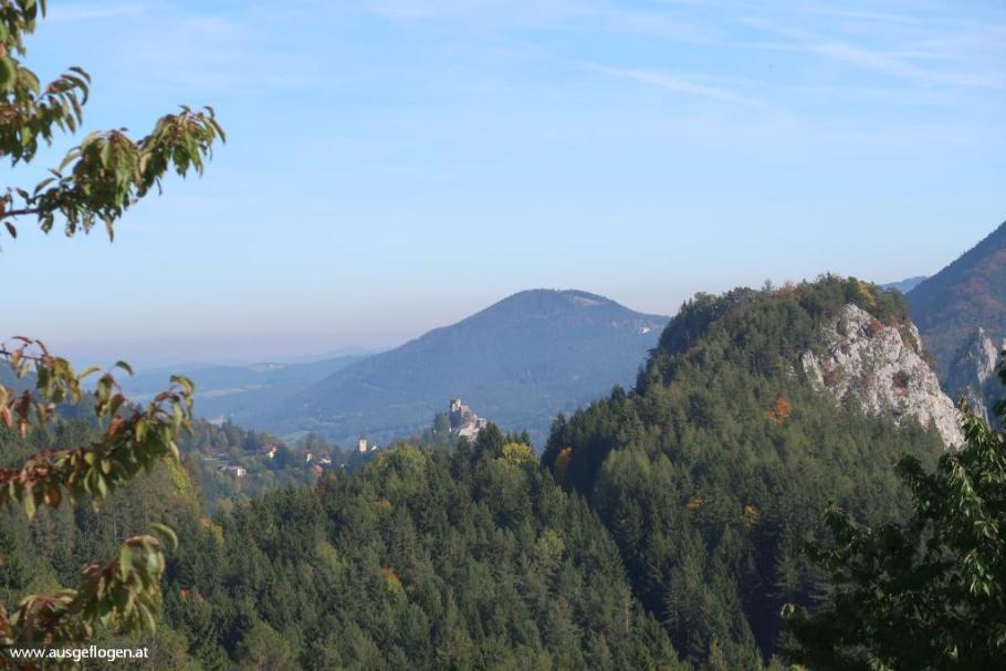 Ausblick Bahnwanderweg Bergpanorama Semmering Sonnwendstein