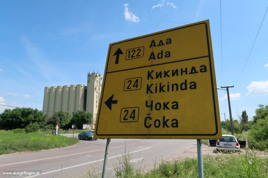 Serbien Reise Schrift lesen