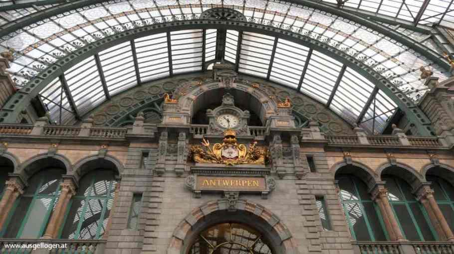 Centraal Station Jugendstil