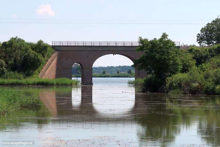 Eisenbahnbrücke Bernhardsthal