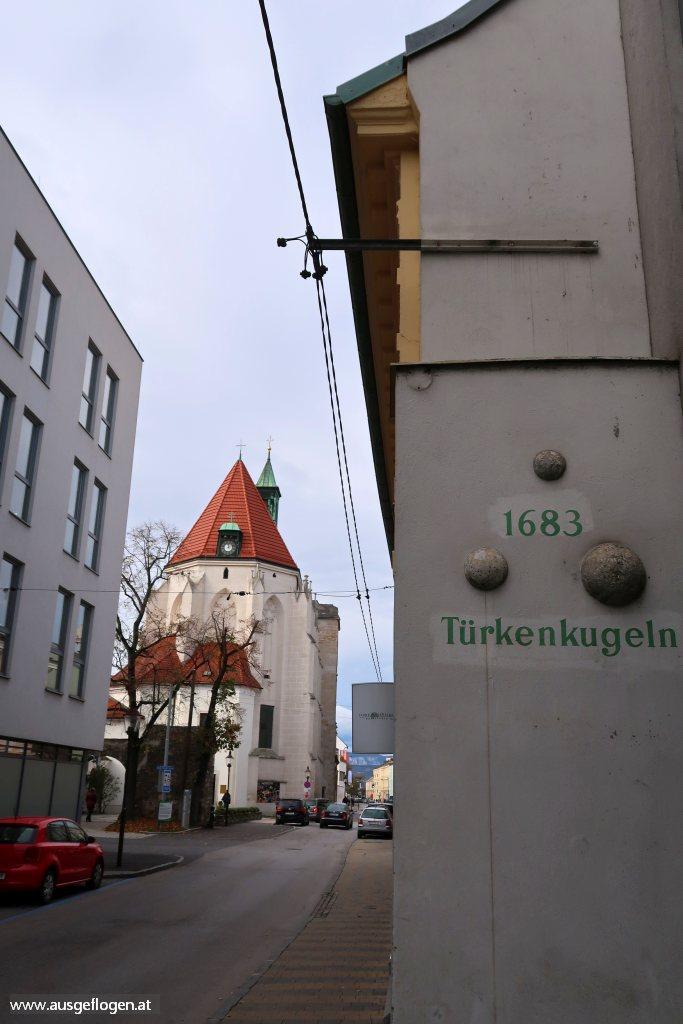 Wiener Neustadt Sehenswürdiigkeiten Türkenkugeln