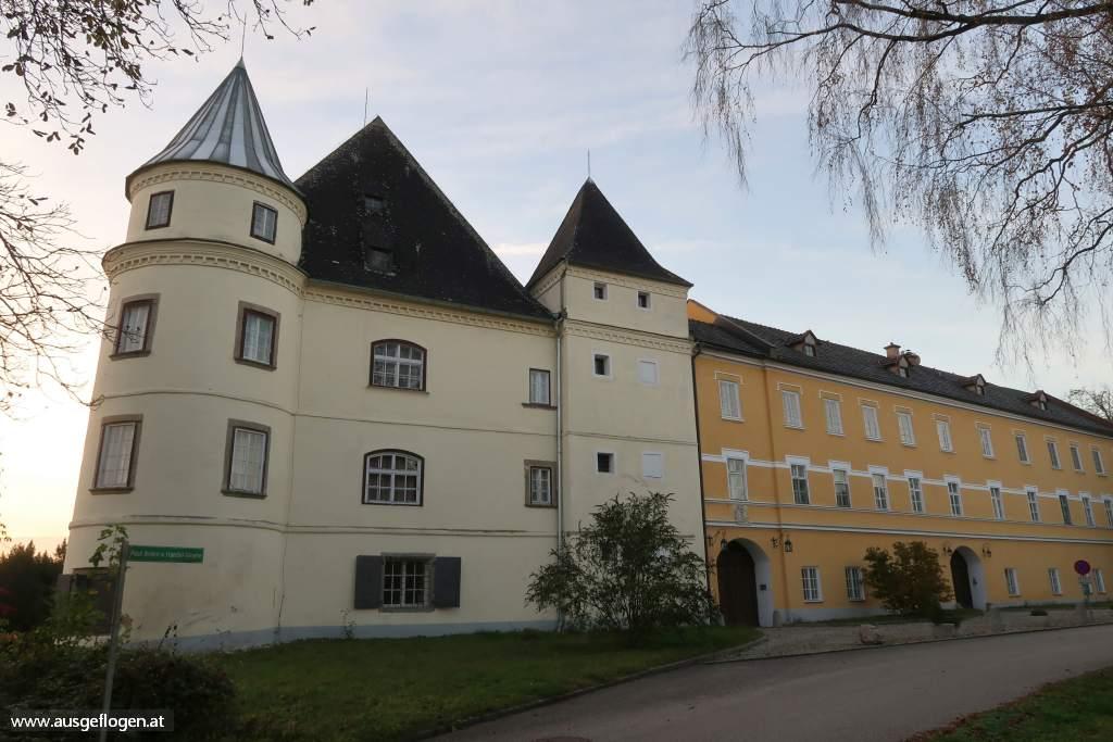 Schloss Hagenau Innviertel Sehenswürdigkeit
