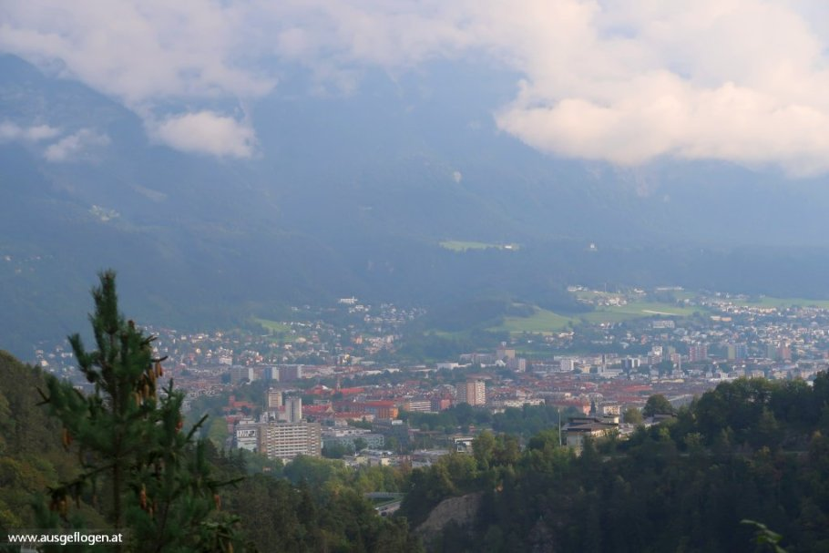 Bick auf Innsbruck Karwendel Nordkette