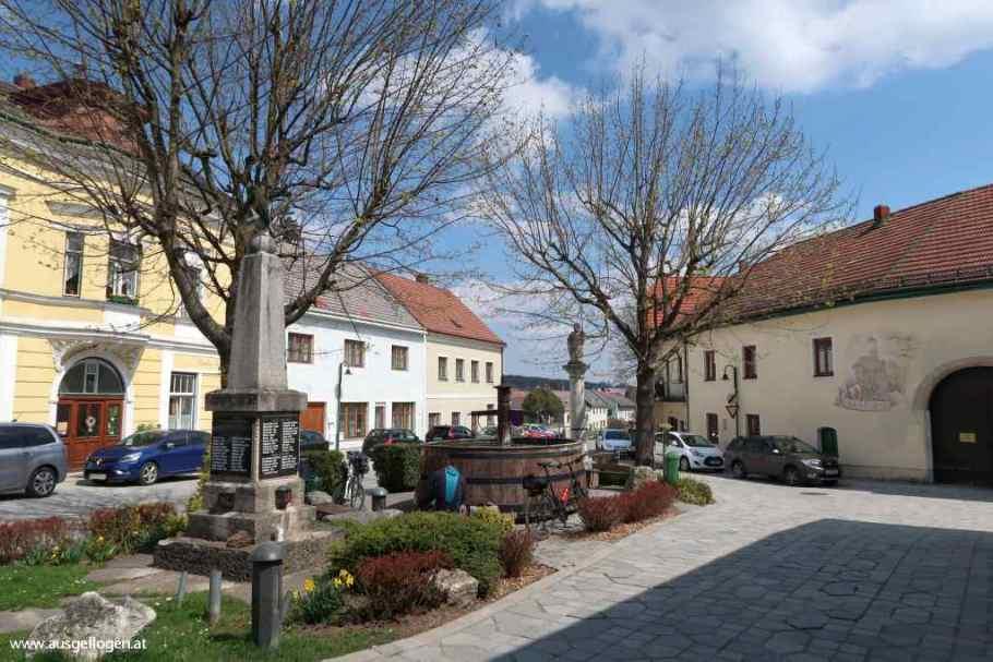 Kaumberg Marktplatz