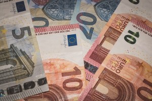 Die Kosten , welche für den Geldtransfer entstehen können