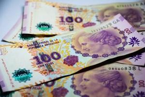 Argentinische Pesos senden überweisen