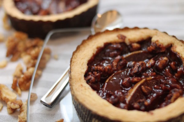 Pear Tarte with Chocolate Walnuts