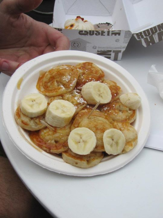 Poffertje (Dutch Pancakes)
