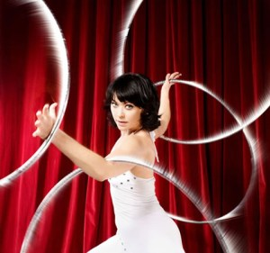 Yulia Pkhtina hula hoop woman