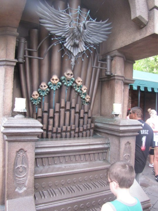 Haunted Mansion Organ