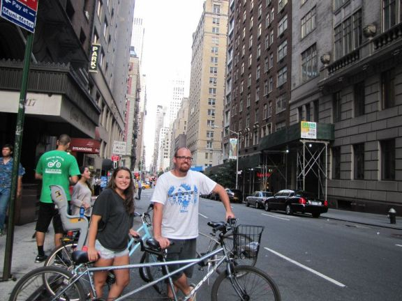 Tandem bike ride in New York