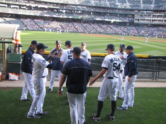 The Seattle Mariners warming up.