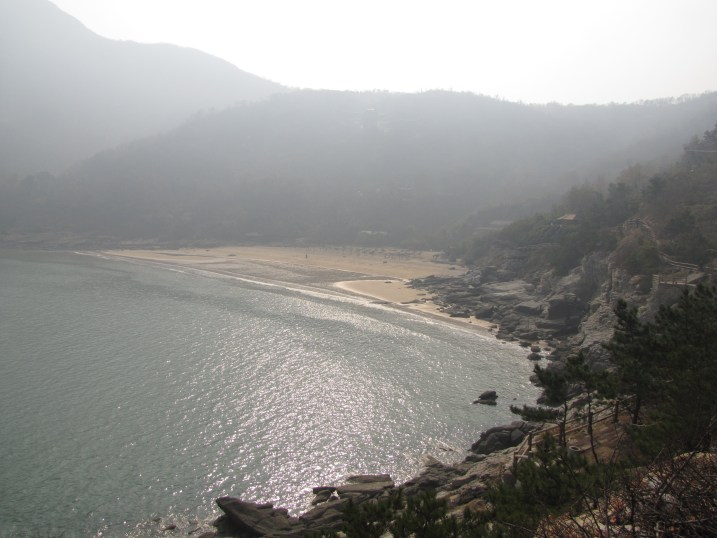 Pretty thought it may be, life in Lianyungang was also painfully lonely.