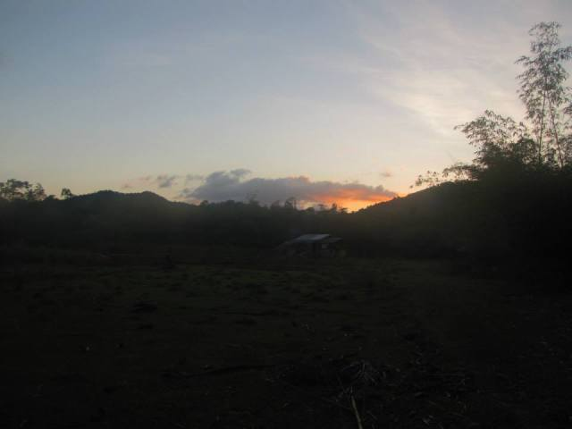 The sun sets over El Nido as we return from our adventure.