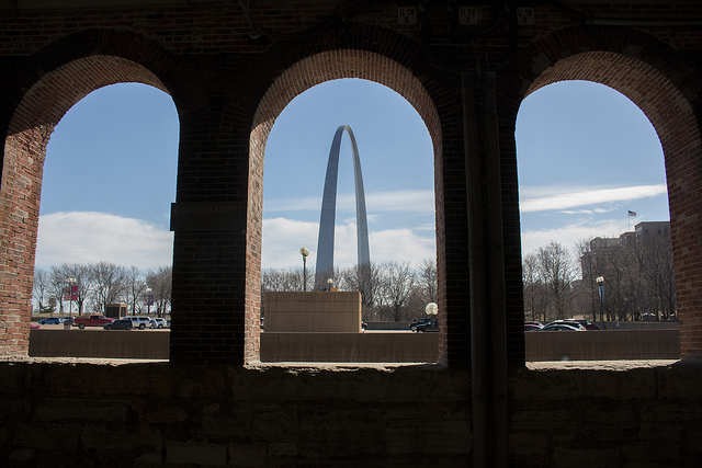 St. Louis' Gateway Arch is as synonymous with American architecture as the Statue of Liberty and the Empire State Building to my mind. Photo by Kelsey.