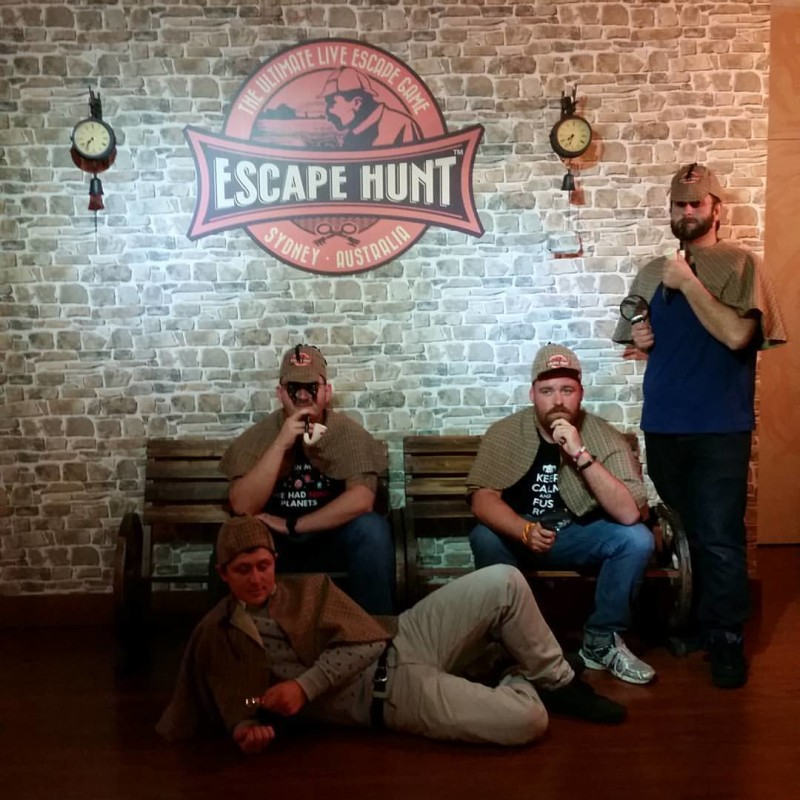 Four successful detectives defeat the Sydney escape room