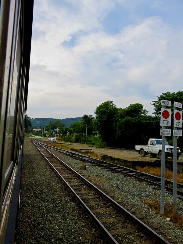 paras river beaufort train