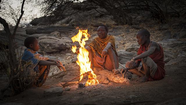 hadzabe campfire lake eyasi tanzania
