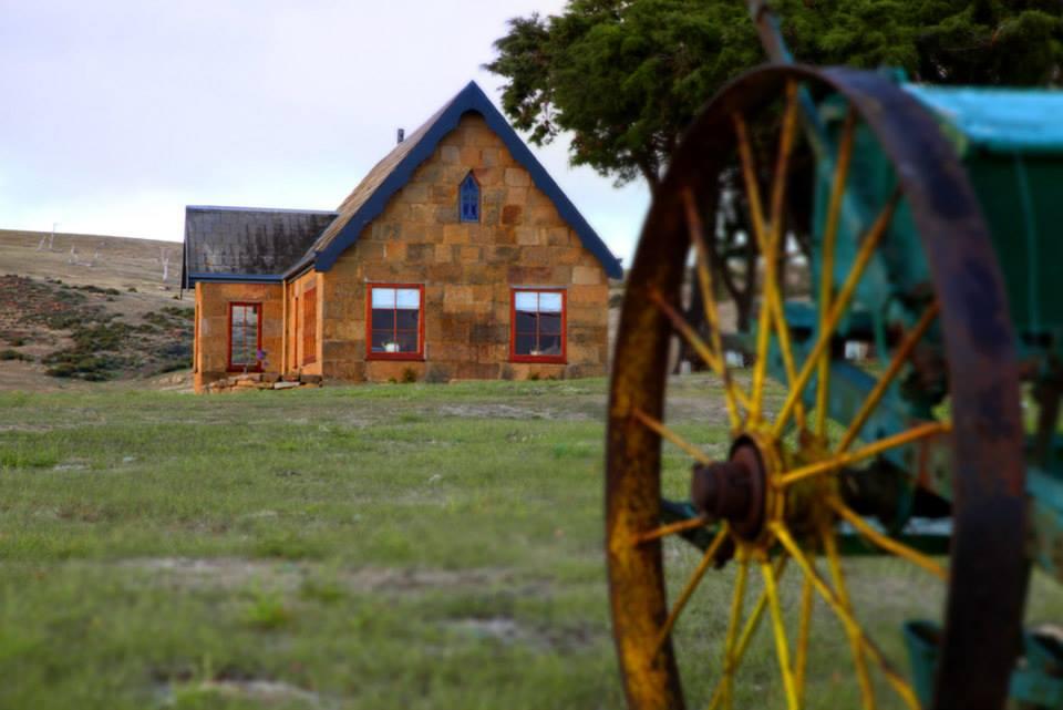 oatlands manor tasmania