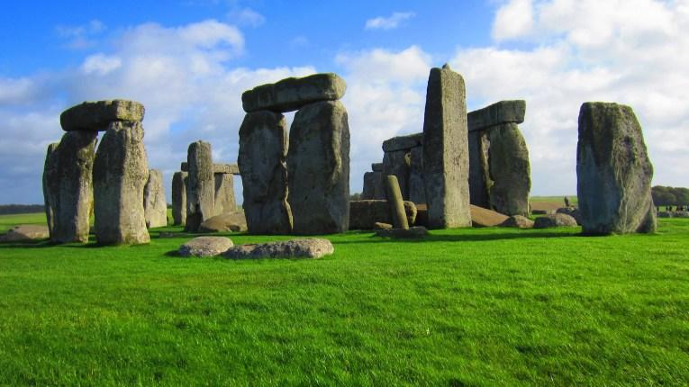 stonehenge uk road trip
