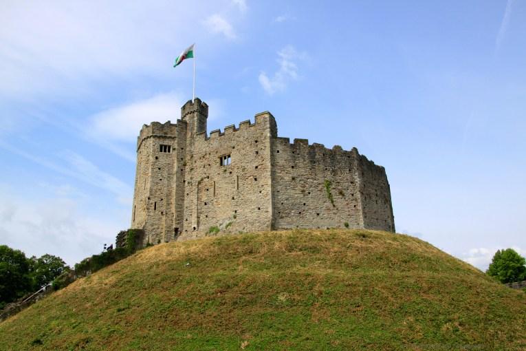 cardiff castle uk road trip