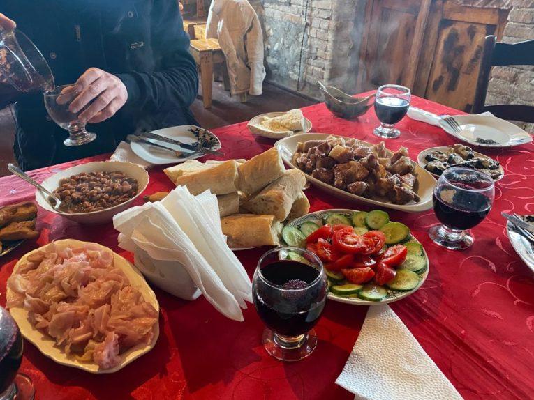 georgian supra feast georgian cuisine kakheti wine tour