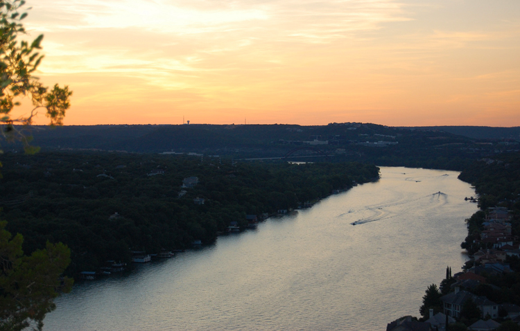 mount bonnell golden hour sunset sunrise austin texas