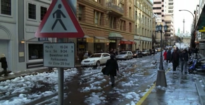 Es schneit in Berlin.