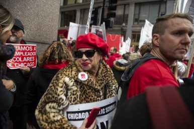 Teachers and supporters crowd the streets and sidewalks on Thursday, Oct. 17, during a Chicago Teachers Union rally in the Chicago Loop. | ALEX ROGALS/Staff Photographer