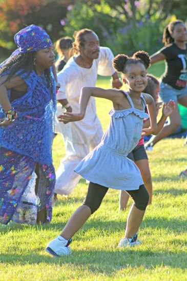 Garfield Park Conservatory hosted a Community Dance series for the month of July (Daisy Winfrey/Contributor)