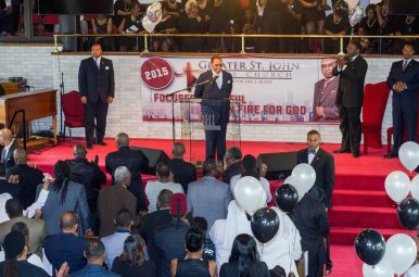 Minister Louis Farrakhan, the head of the Nation of Islam (NOI), preaches a sermon at Greater St. John Bible Church, 1256 N. Waller Ave. The minister was invited by the church's pastor, Rev. Ira Acree. | TANYA HARRIS/Contributor