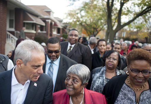 Lillian Drummond, flanked by Mayor Rahm Emanuel and Cook County Recorder of Deeds Karen Yarbrough, during a ceremony Thursday, Oct. 22, 2015, which designated a portion of Congress Pkwy. Honorary Lillian Drummond Pkwy. | William Camargo/Staff.