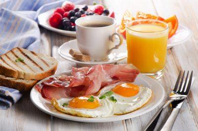 Seniors, eat breakfast for free