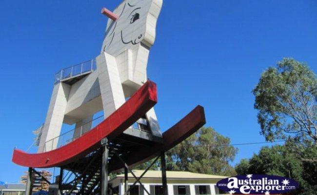 Big Rocking Horse Desktop Theme Screensaver