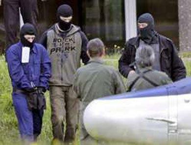 L'histoire des manipulations dans le monde : « Fritz le terroriste », un conte à dormir debout !