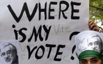 REMEMBER : Hillary Clinton admet que les USA ont manipulé la « révolution verte » en Iran