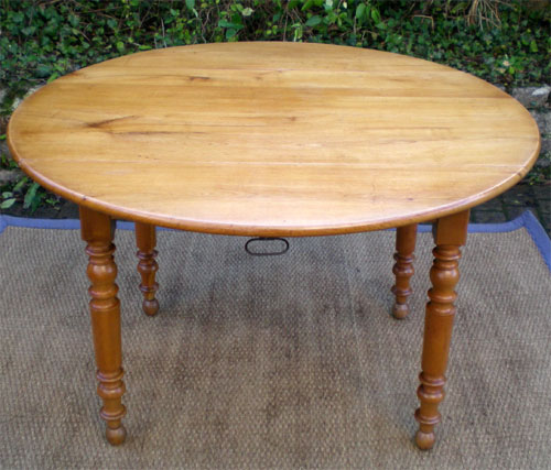 Table Ancienne Repeinte Great Jolie Table Ancienne Peinte