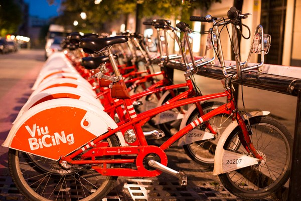 Kelly Byrne red bikes Barcelona