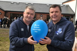 Everton FC former players Ian Snodin (left) and Graeme Sharp took part in a balloon release at The Willows to raise awareness of autism.