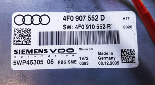 Zdjęcie naklejki ze sterownika silnika 2.4 BDW