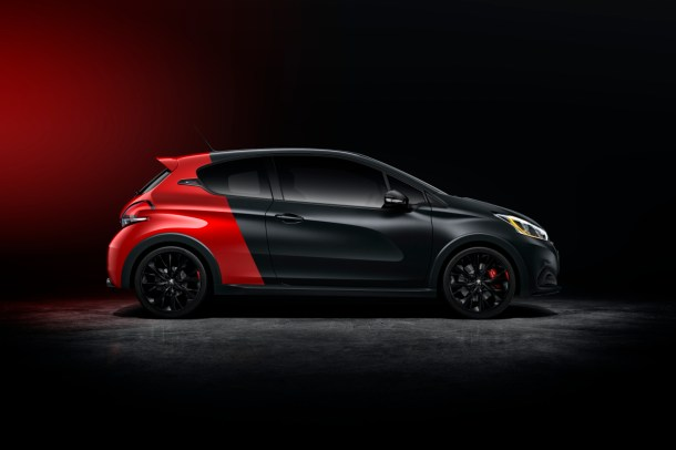 peugeot-208-GTi-30th-facelift-zeneva-2015-02