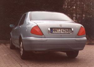 lybra-4.jpg (28316 Byte)