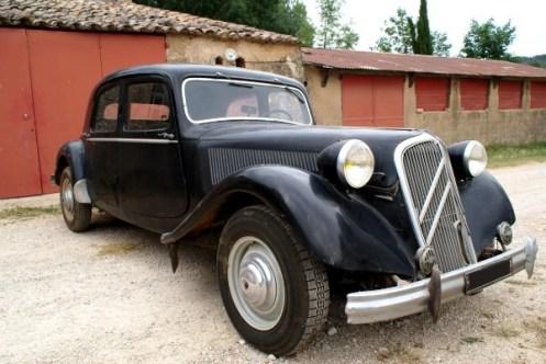 citroen traction 15 6 1952 vendue auto reverse. Black Bedroom Furniture Sets. Home Design Ideas